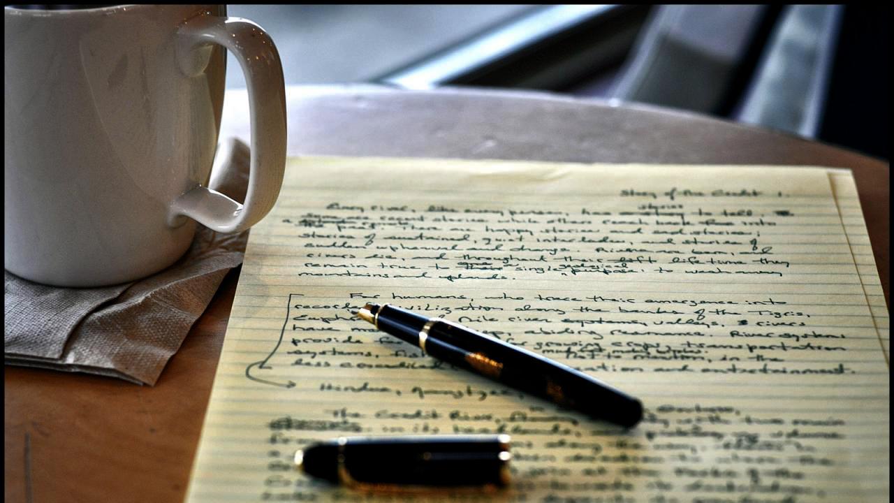 Rook - Produção de Textos, Tradução, Localização e Revisão